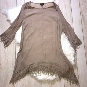 Cal Style Taupe Neutral Fringe Trim Tunic Top